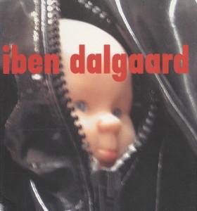 2004_forside_rødt katalog
